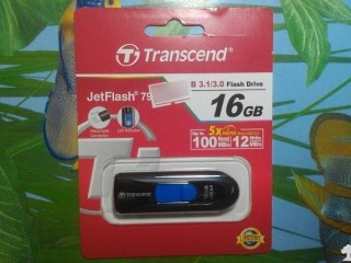 Transcend JetFlash 790 16GB USB 3.0 隨身碟